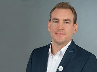Herr Julian Schmitt