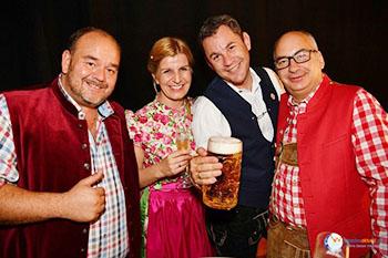 wiesbaden-oktoberfest_eroeffnungsfeier_2016_oberbuergermeister_wiki