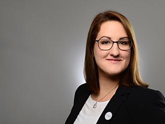 Frau Sophia Zoller